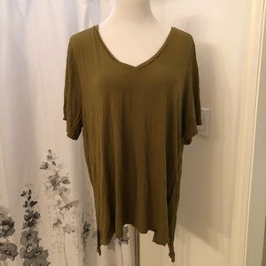 Old Navy Tops - Old navy T-shirt